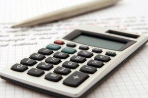 taschenrechner-geld-finanzen-kredit